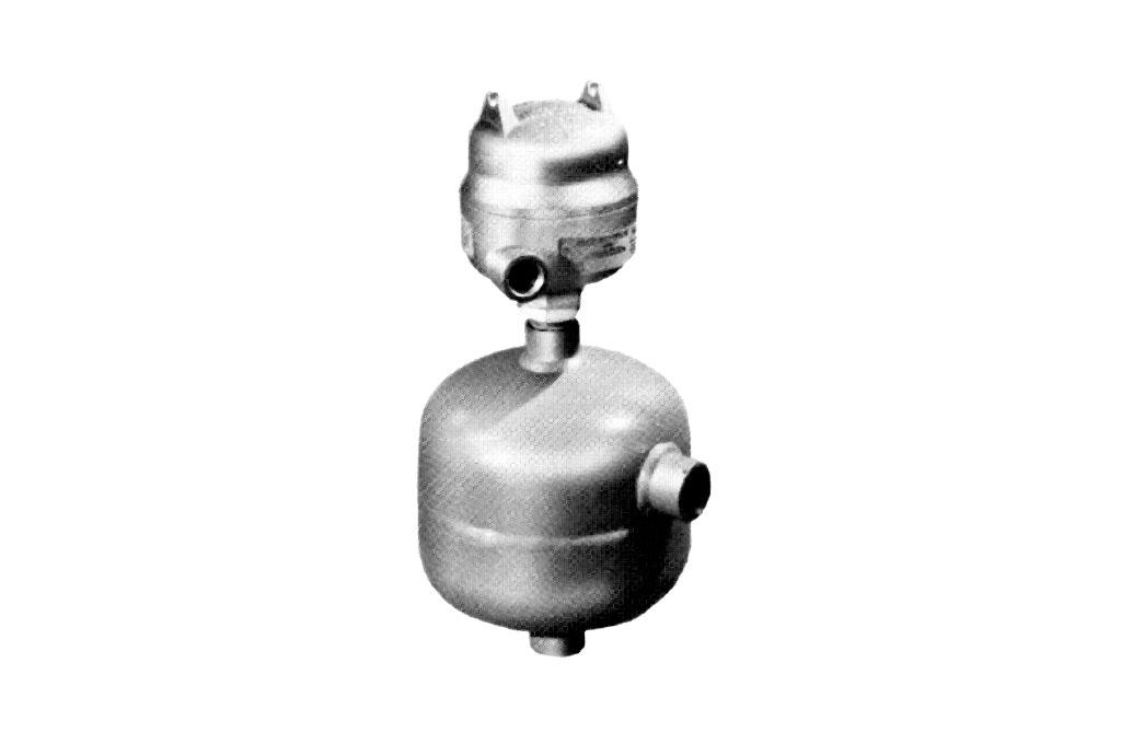 Photo of 666 / 668 (C) Single Actuator Chamber Mounted Switch